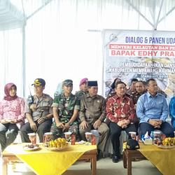 Prajurit Yonmarhanlan XII Laksanakan Pengamanan Kunjungan Menteri Kelautan dan Perikanan