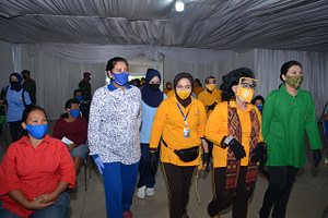 Peduli Kemanusiaan, Ketua PG Kormar Dampingi Ketua Umum Dharma Pertiwi Tinjau Rapid Test