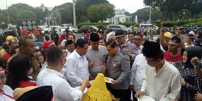Menjelang MK Sidang Perkara Pileg 2019, Relawan Indonesia Bersatu Merayakan Syukuran Kemenangan Jokowi – Amin