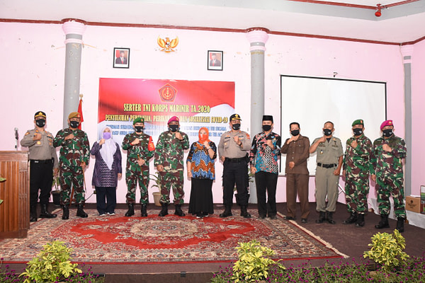 Serbuan Teritorial (Serter) TNI Kormar Tahun 2020
