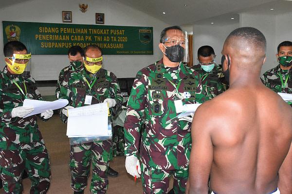Mayjen TNI I Nyoman Cantiasa Pimpin Sidang Pemilihan Tingkat Pusat Penerimaan Caba PK TNI AD TA 2020 Kodam XVIII/Kasuari