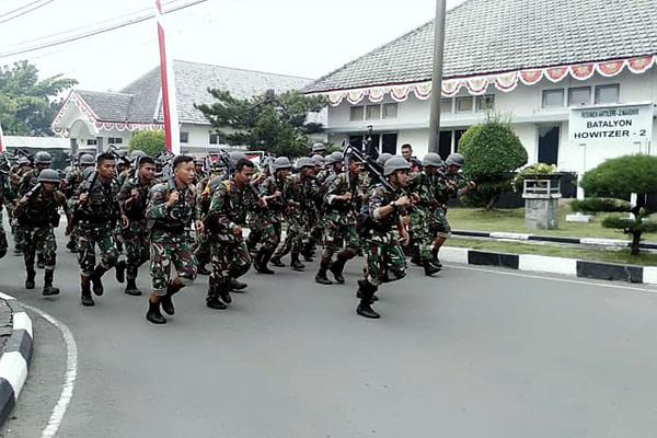 Atlit Binsat Yonhow 2 Marinir Laksanakan Latihan Cross Country