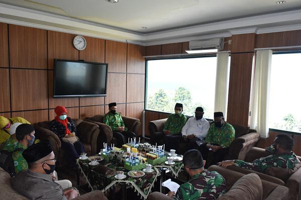 MUI dan Baznas Papua Barat Kunjungi Kodam XVIII/Kasuari.