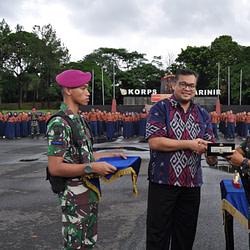 Danyonif 2 Mar Resmi Tutup Study Dan Apresiasi Kepemimpinan SiswaI Teladan Indonesia (SAKTI) SMP Labschool Cibubur