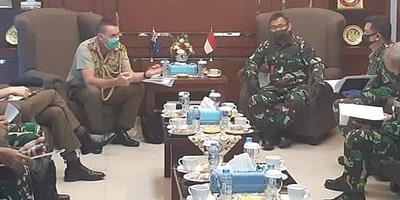 Kapuskersin TNI Terima Kunjungan Kerja Atase Pertahanan Australia Bahas Pertemuan HLC AUSINDO