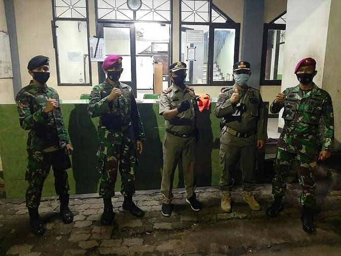 Korps Marinir Melaksnakan Satgas Penyiapan dan Pengamanan Asrama Haji Pondok Gede