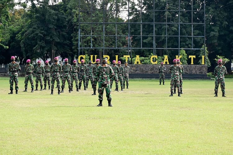 Masa Pengenalan Bintara dan Tamtama Remaja Yonif 5 Marinir Resmi Berakhir