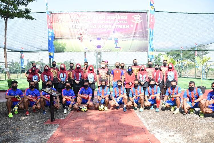 Danpasmar 1 Resmikan Lapangan Futsal Oentoeng Soeratman Yontaifib 1 Marinir