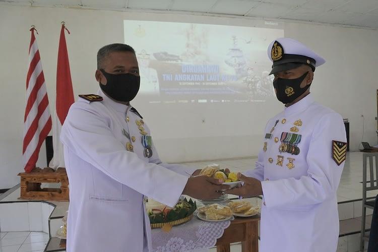 Prajurit Batalyon Howitzer 2 Marinir Peringati HUT Ke 75 TNI Angkatan Laut Secara Virtual