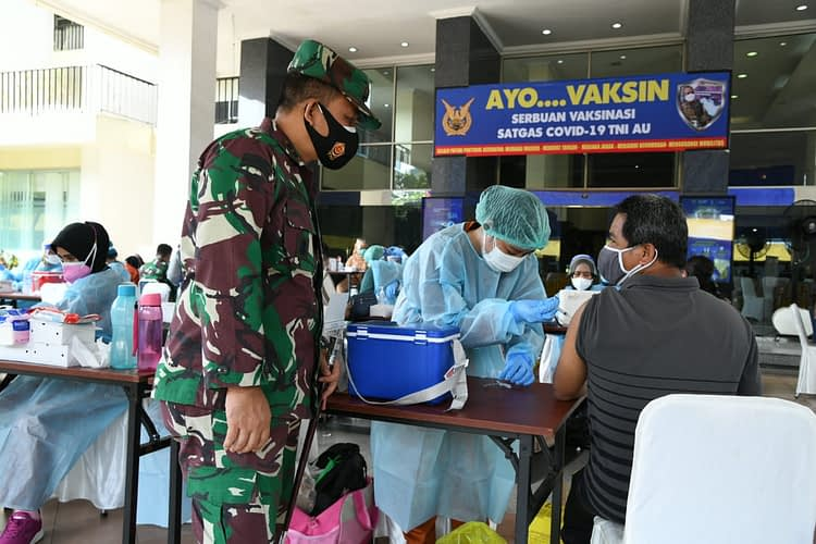 TNI Angkatan Udara, Secara Masif Laksanakan Serbuan Vaksinasi Massal