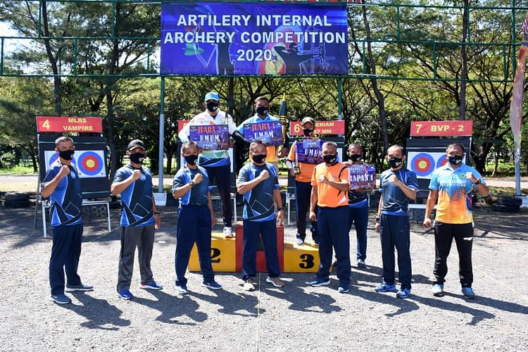 "Batalyon Roket 2 Marinir Juara Umum ""Artilery Internal Archery Comprtition 2020"""