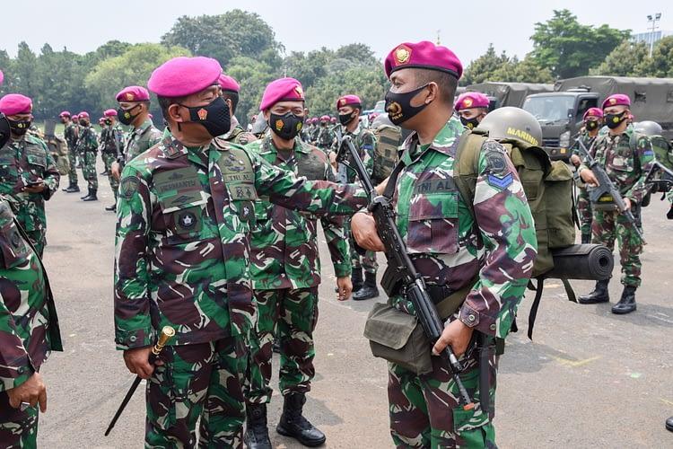 Komandan Pasmar 1 Pimpin Apel Gelar Kesiapan Personel dan Kelengkapan Satgas Pengamanan Pulau Terluar