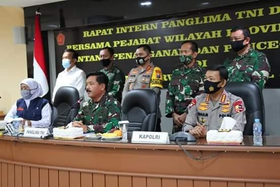 Panglima TNI dan Kapolri Pimpin Rapat Bersama Pejabat Daerah Provinsi Jawa Timur Terkait Covid-19