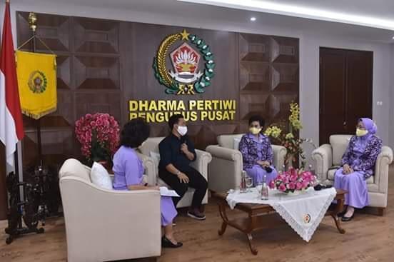 Ketum Dharma Pertiwi Silaturahmi Virtual Dengan Ketua Daerah Dharma Pertiwi di Seluruh Indonesia