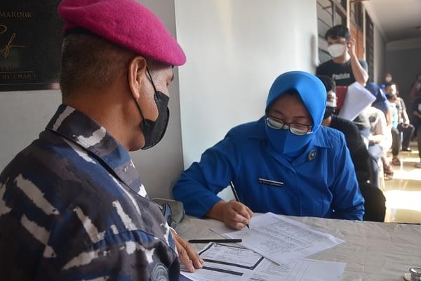 Sudah 4 Hari,  Korps Marinir TNI AL Gelar Vaksinasi ke-2, Animo Masyarakat Cukup Tinggi