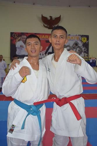 2 Prajurit Yonif 6 Mar Jadi Karate Terbaik Pada Kejuaraan Karate Antar Kolak Kormar