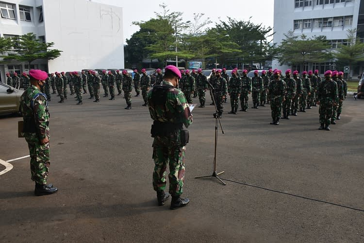 Prajurit Denma Mako Kormar Peringati Hari Pahlawan