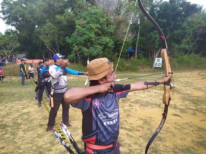 Yonmarhanlan IV Gelar Latihan Panahan Bersama Perpani Tanjung Pinang