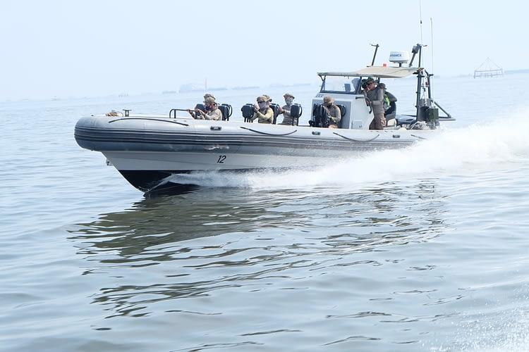 Prajurit Yontaifib 1 Mar Laksanakan LDD Mengemudi Sea Rider Rigit Inflatable Boat (RIB)