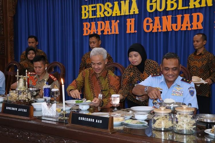 Gubernur Jateng Isi Kuliah Umum Dihadapan Taruna dan Personel AAU