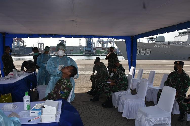 Jelang Mendarat di Dabongsingkep Ratusan Prajurit Marinir Laksanakan Swab Test Antigen