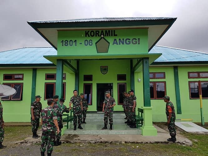 Kunker Perdana ke Pegaf, Kasdam XVIII/Kasuari Tinjau Lokasi Markas Kodim Pegaf