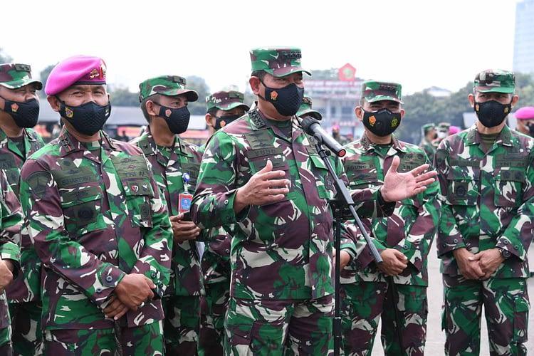 Kasal Tinjau Serbuan Vaksinasi Prajurit Korps Marinir