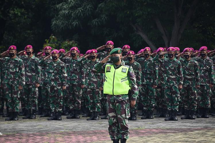 Korps Marinir Laksanakan Pengamanan VVIP dan Penegakan Disiplin Protokol Kesehatan