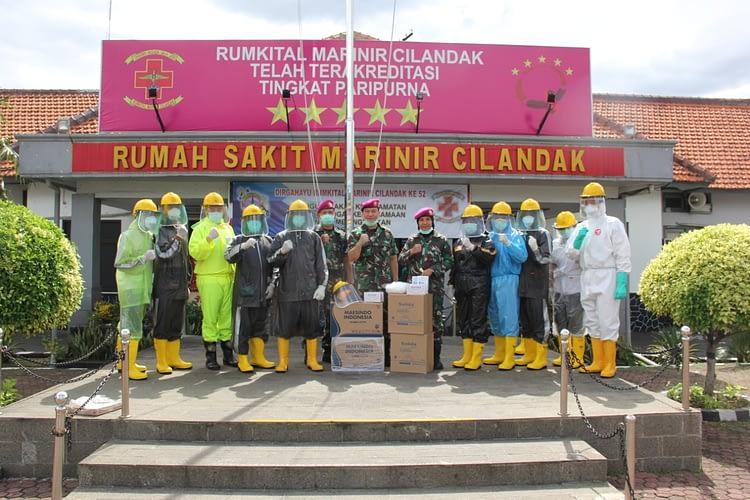 Rumkital Marinir Cilandak Terima  Bantuan APD dari PP Jalasenastri