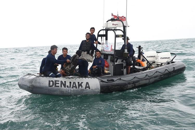 Marinir Masih Laksanakan Pencarian Korban dan CVR Pesawat Sriwijaya Air