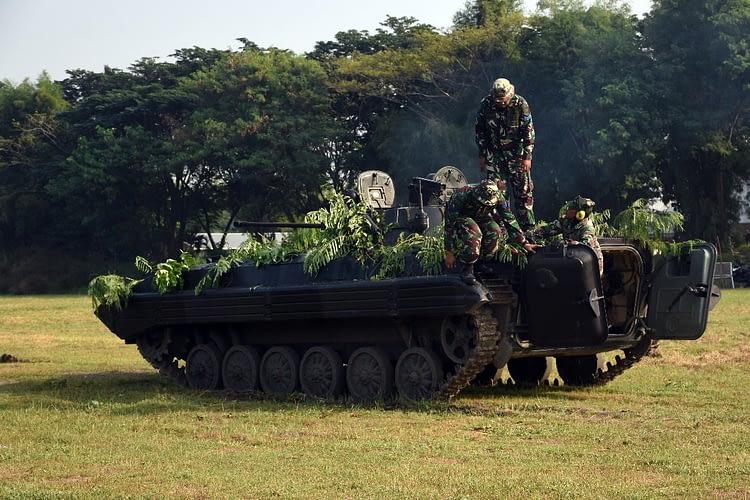 Batalyon Arhanud 2 Mar Melaksanakan Latihan Penbakan PKT BVP-2