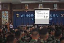 Akademi Angkatan Udara Sosialisasikan Pencegahan Covid-19 Kepada Seluruh Taruna dan Para Pengasuh