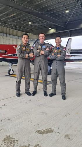 Dua Perwira TNI AU Lulus Pendidikan International Flying Instructor Course Australia