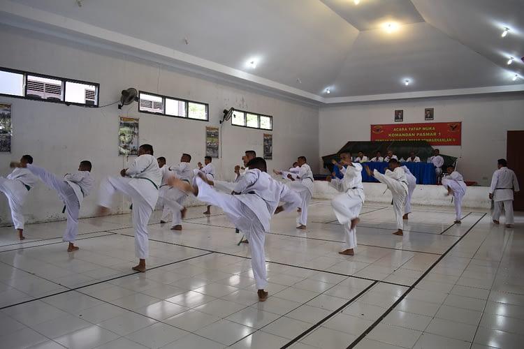 Danyonmarhanlan II Pimpin Prajuritnya Ujian Karate