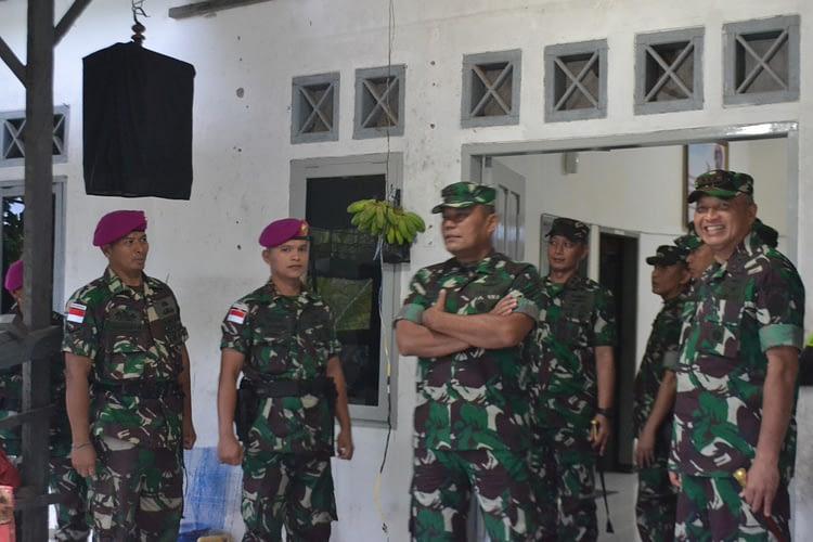 Kasum TNI Tinjau Pos Marinir Bambangan dan Pos Marinir Sei Pancang