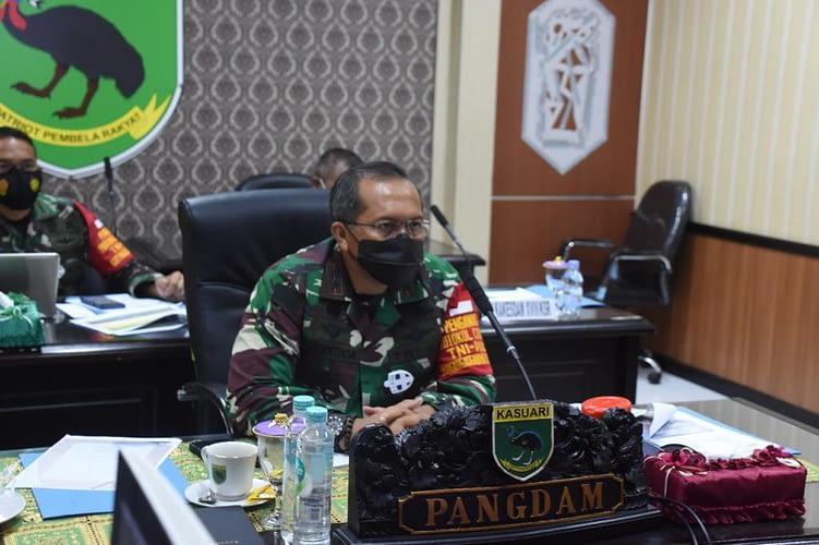 Kodam XVIII/Kasuari Hadiri Rapat Virtual Dengan Panglima TNI, Segera Laksanakan Vaksinasi dan PPKM Darurat Papua Barat