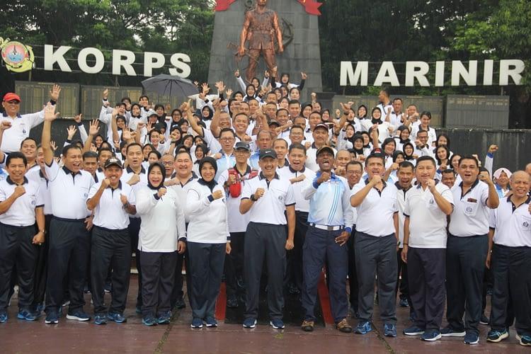 Rumah Sakit Marinir Cilandak Gelar Olahraga Bersama dengan Warga Kesehatan TNI AL Wilayah Jakarta