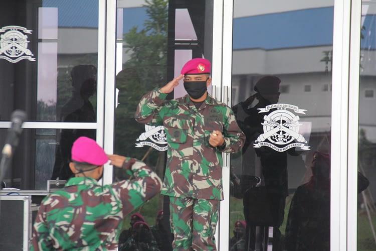 Exit Briefing Komandan Resimen Artileri 1 Marinir