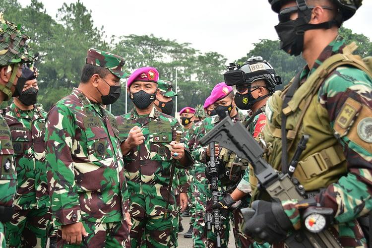 Wakasal Inspeksi Kesiapan Pasrat Marinir dalam Latihan Armada Jaya XXXIX T.A. 2021