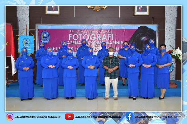 Jalasenastri Korps Marinir Membuka Pelatihan dan Lomba Fotografi