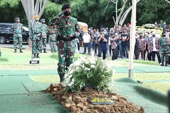 Panglima TNI Pimpin Upacara Pemakaman Jenderal TNI (Purn) Djoko Santoso