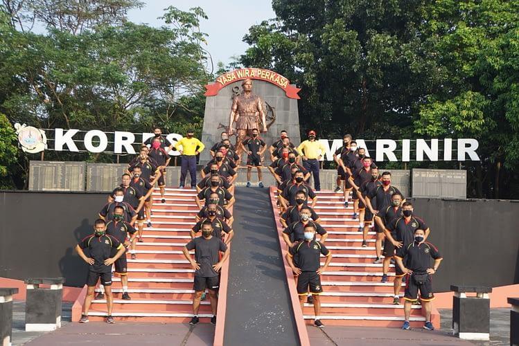 Olahraga Bersama Perwira Roda Rantai Resimen Kavaleri 1 Marinir