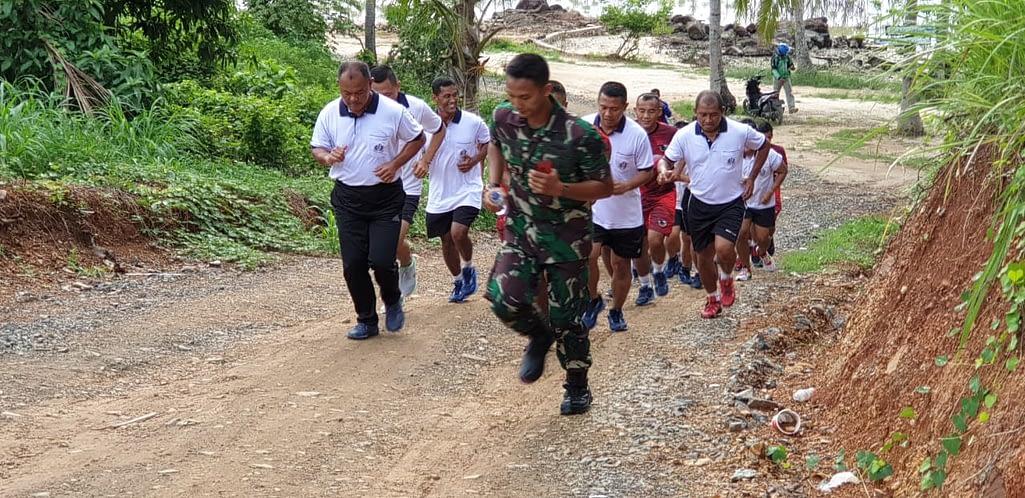 Olahraga Bersama  Perwira 4 Mar/Bs Wilaya Lampung