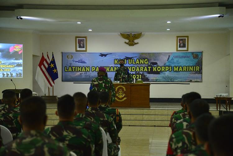 Dankormar Tutup Latihan Pasukan Pendarat Korps Marinir T.A. 2021
