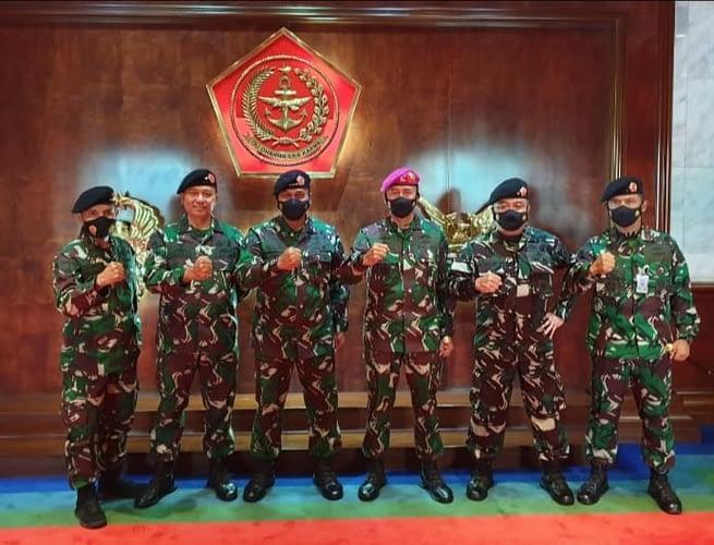 Lima Perwira Marinir Laporkan Naik Pangkat ke Panglima TNI