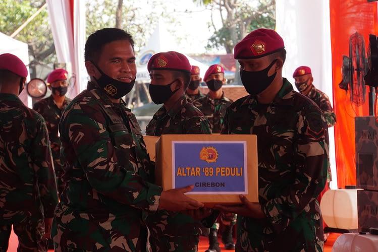 Alumni Akabri 89 Berbagi Sembako Dan Masker Ke Penjuru Negeri