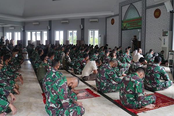 Korps Marinir Adakan Peringatan Nuzulul Qur'an