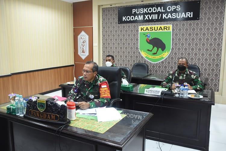 Pangdam XVIII/Kasuari Secara Virtual Buka Pembekalan Kepada 120 Orang Satuan BKO Kodim Persiapan Gel. III yang Ada Di Sorong