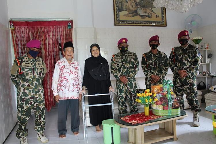 Menyambut HUT Marinir ke - 75 Puslatpurmar 7 Lampon Anjangsana ke Purnawirawan KKO - AL