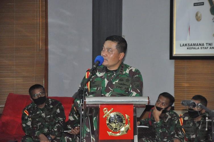 Dankolatmar Memaparkan Rencana Latopsduk Passus dan Lomba Binsat Korps Marinir Melalui Vicon.